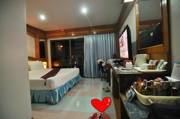 thailand-phuket-banraya-29