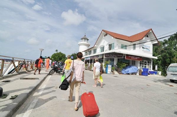 thailand-phuket-banraya-31