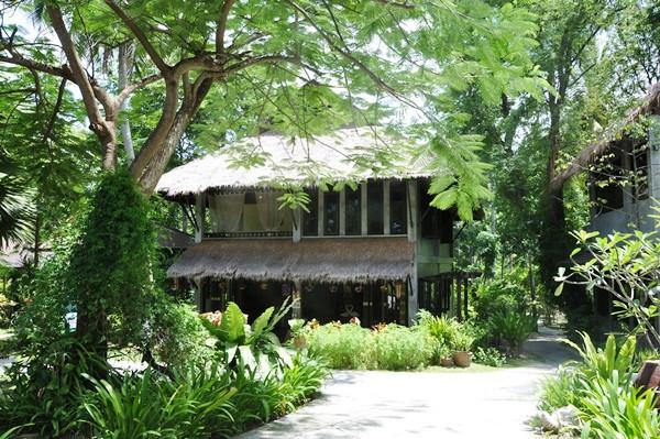 thailand-phuket-banraya-39