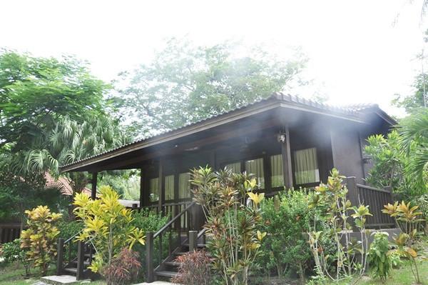 thailand-phuket-banraya-48