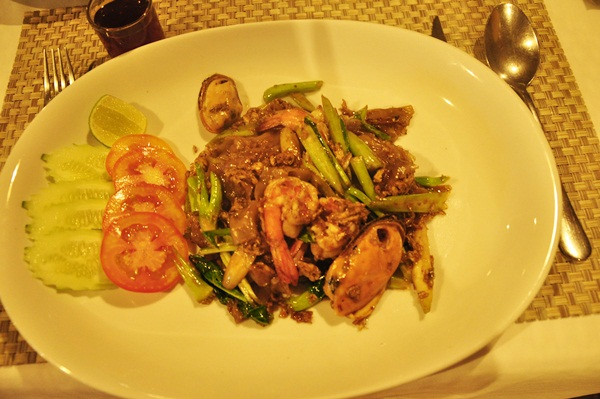 thailand-phuket-banraya-59